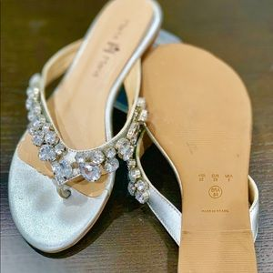 Other - Beaded flip flop